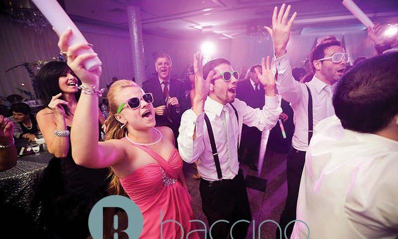 Buffet-Marina-bridal-party-dance